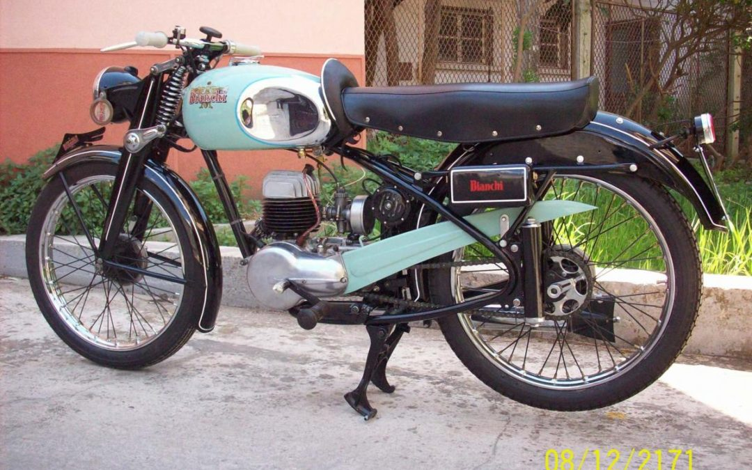 Moto BIANCHI 125 modello : scudo del sud , anno 1952