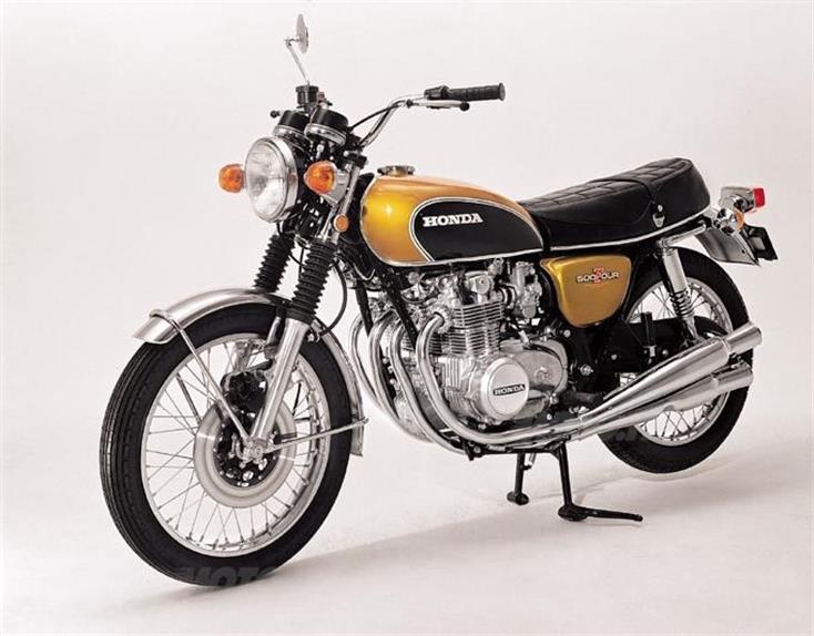 Honda CB500 Four – In medio stat virtus