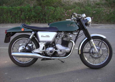 norton-commando-fastback_10