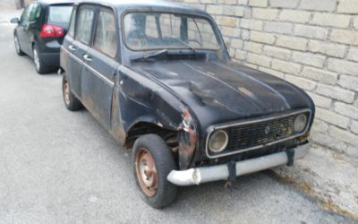 Renault 4 senza documenti