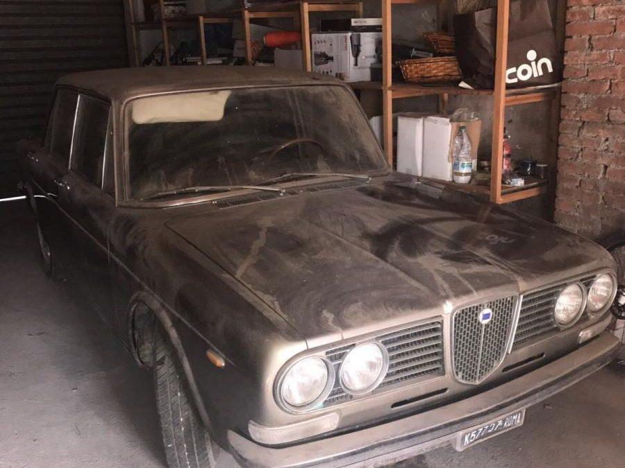 Lancia 2000 Berlina conservata